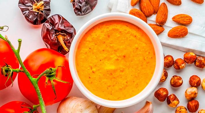 Cabritillo en salsa romesco